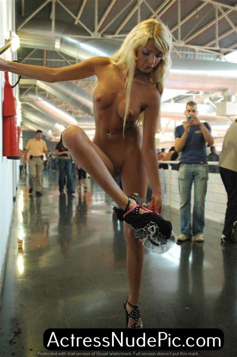 Shakira hot, Shakira nude, Shakira boobs, Shakira naked, Shakira porn, Shakira sex, Shakira xxx, kamapisachi